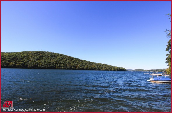 Lakefront Real Estate Properties in Candlewood Lake CT